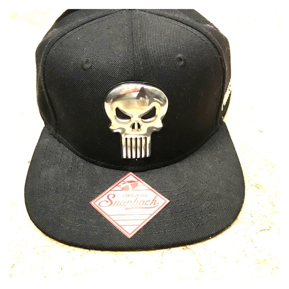 Marvel Other - Marvel Punisher SnapBack Baseball Cap - NWT